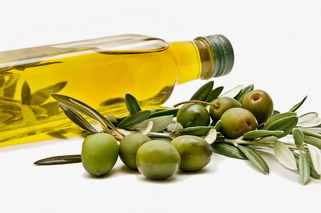 olive-oil-bottle-640