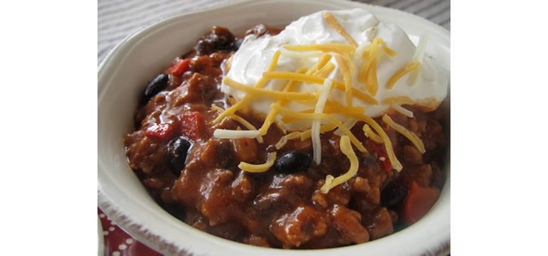 lower carb chili; Paleo notes, too.
